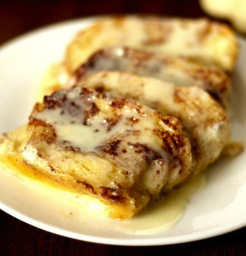 French-Bread-Cinnamon-Roll-Bake-from-Six-Sisters-Stuff-2-3